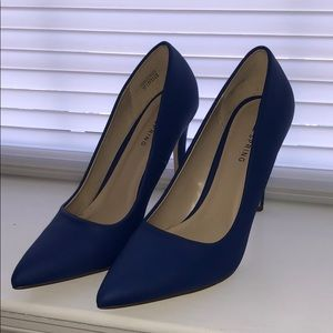 Blue Heels, great condition